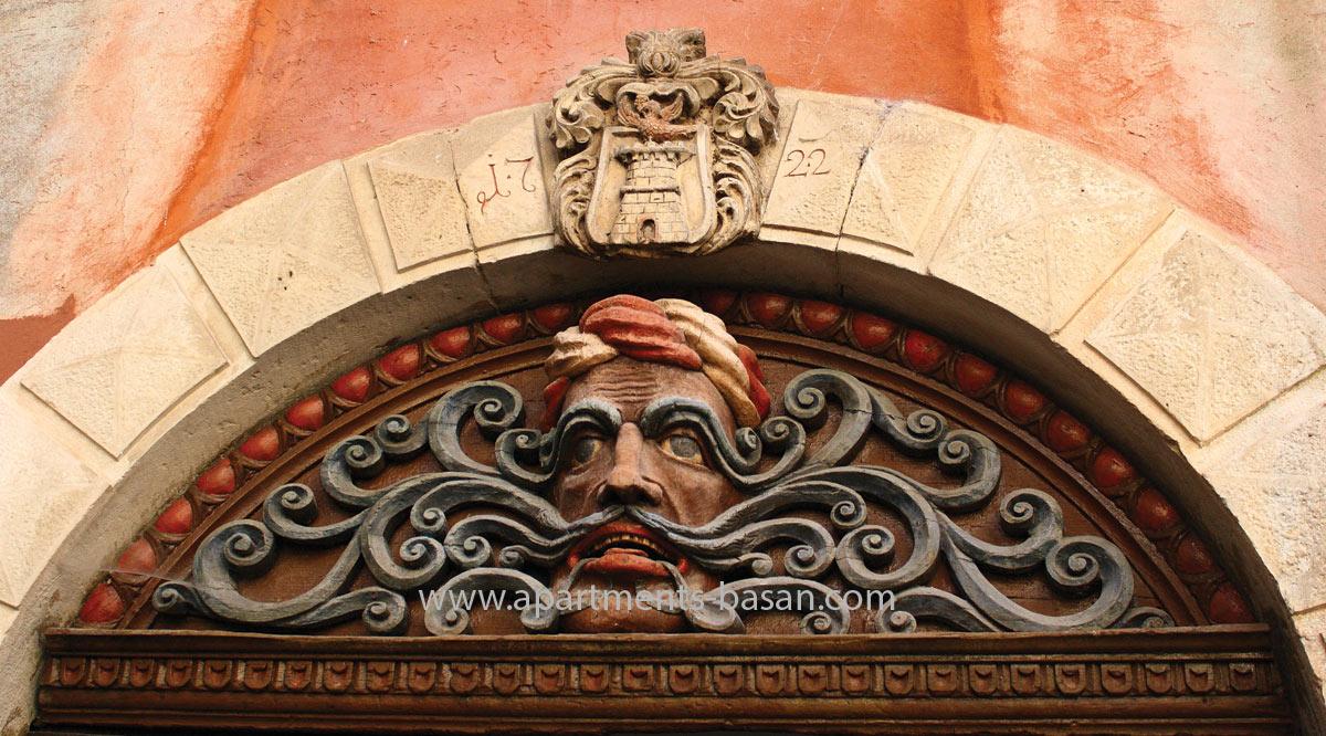 Lovran Mustachio monument