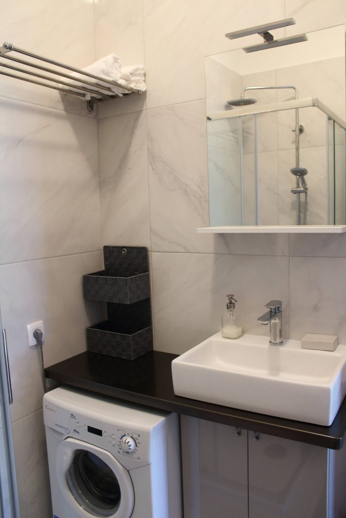 Apartments Basan Lovran-Opatija, apartment 2+2 bathroom with washing machine