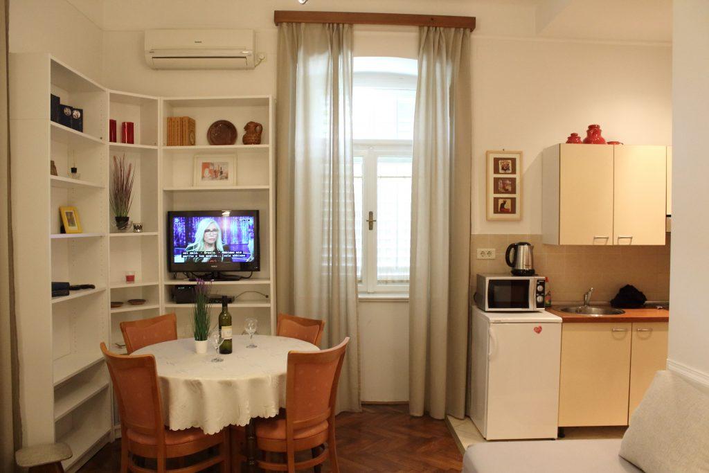 Villa San Giuseppe Lovran, 50 m from sea studio apartment