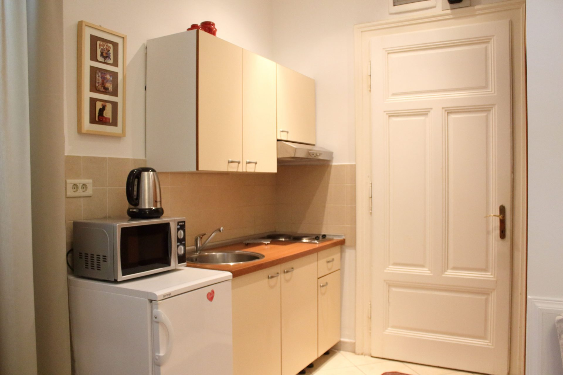 Small apartment with kitchen on quiet location in Lovran and 50 m from sea