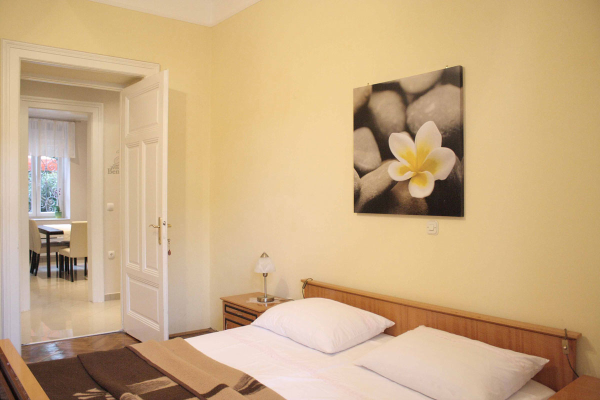 Bedroom with nice view in Villa San Giuseppe Lovran 50 m from sea