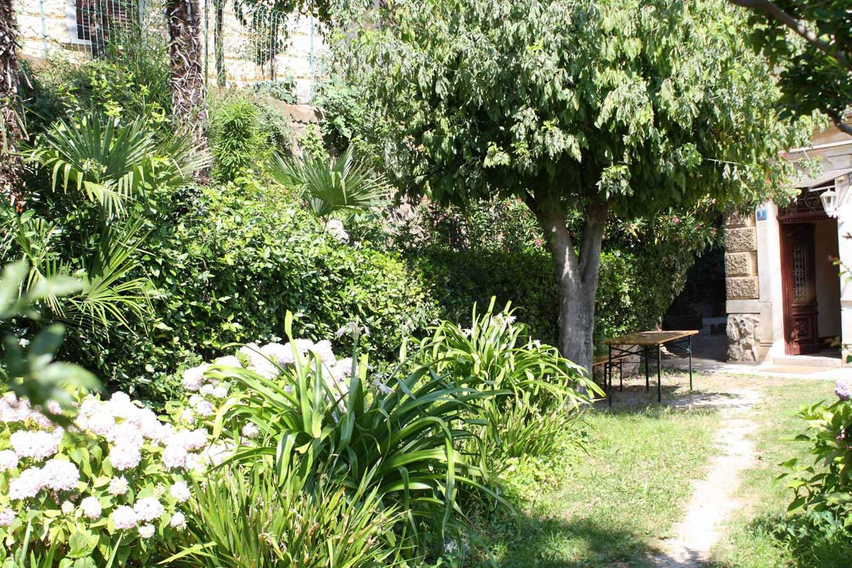 Garden terrace for your relaxing holidays in Croatia