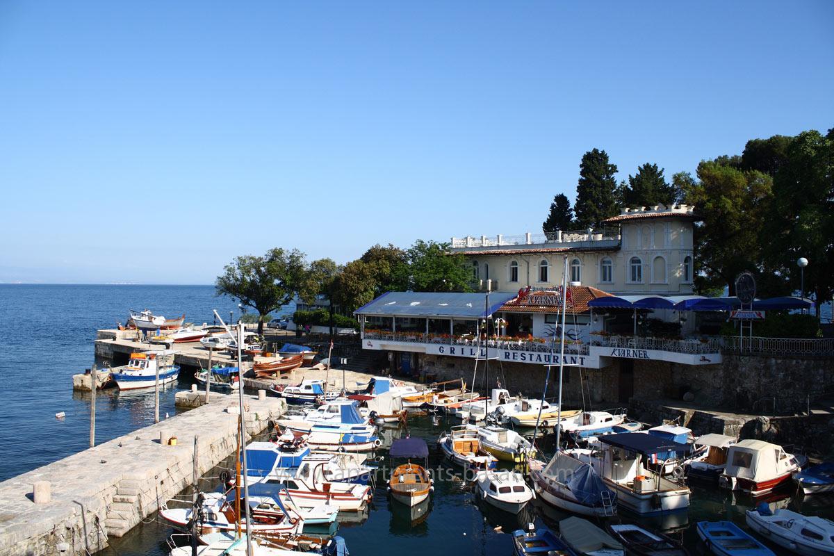 Lovran port