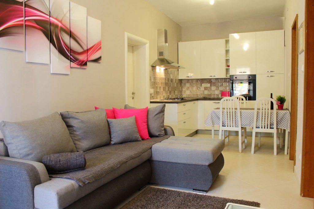 Apartments Basan Lovran-Opatija, comfortable apartment 4+1 living room