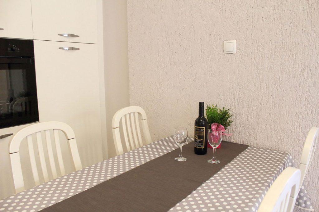 Apartments Basan Lovran-Opatija, apartment 4+1 dining