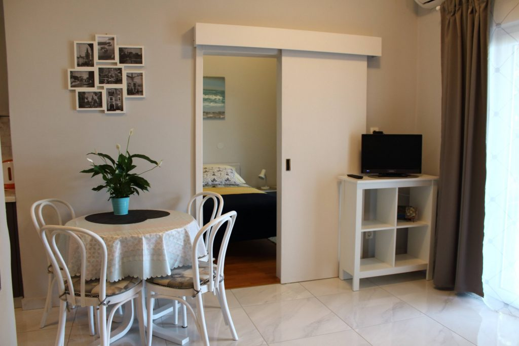 Summer holiday apartment for rent for families in Croatia Apartments Basan Lovran-Opatija, apartment 2+2